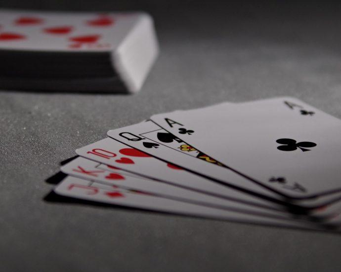 Daftar poker dapat bonus